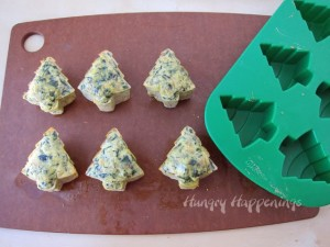 Healthy Christmas Recipes: Spinach Artichoke Frittata Trees by Hungry Happenings