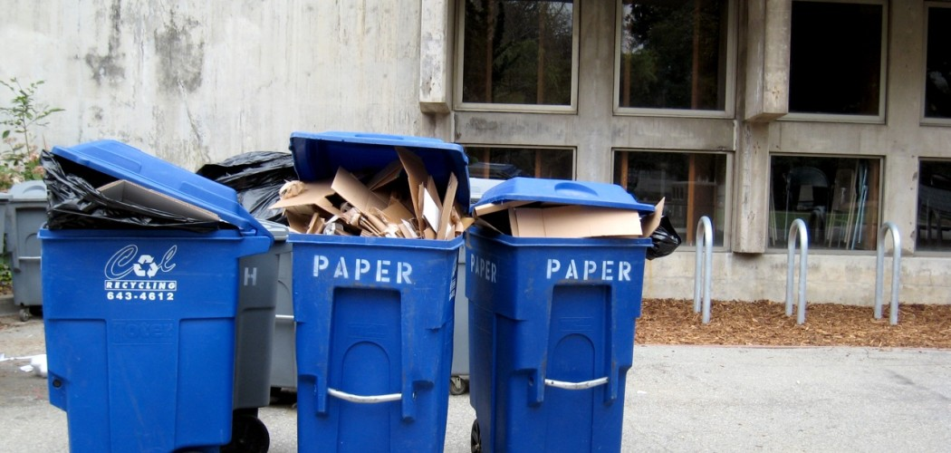 recycling by orphanjones (CC BY 2.0)