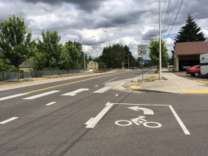 Bike left-turn lane by Eric Fischer (CC BY 2.0)
