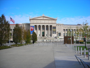 Field Museum, Chicago by Lisa Andres (CC BY 2.0)