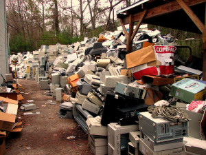 dispose electronic waste properly for an eco friendly move