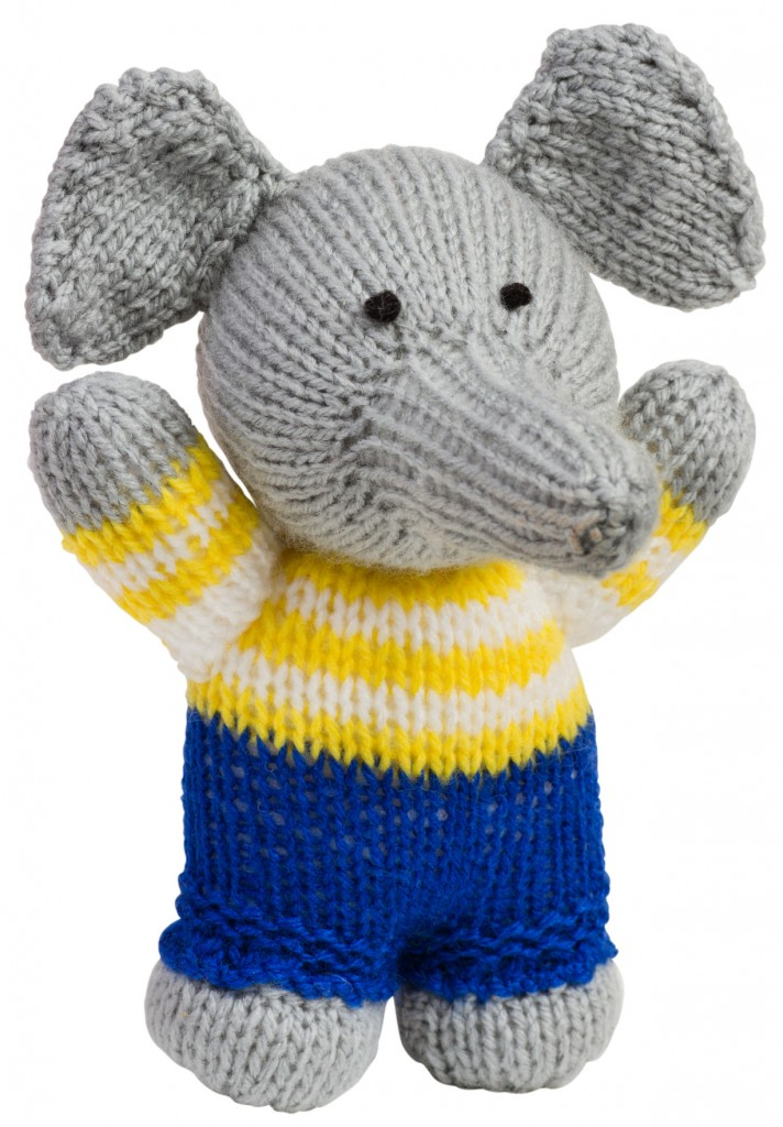 Knit Elephant Moving with Kids