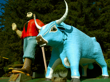 Paul Bunyon and Blue Ox in Oregon